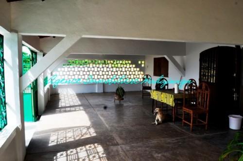Water feet rental villa