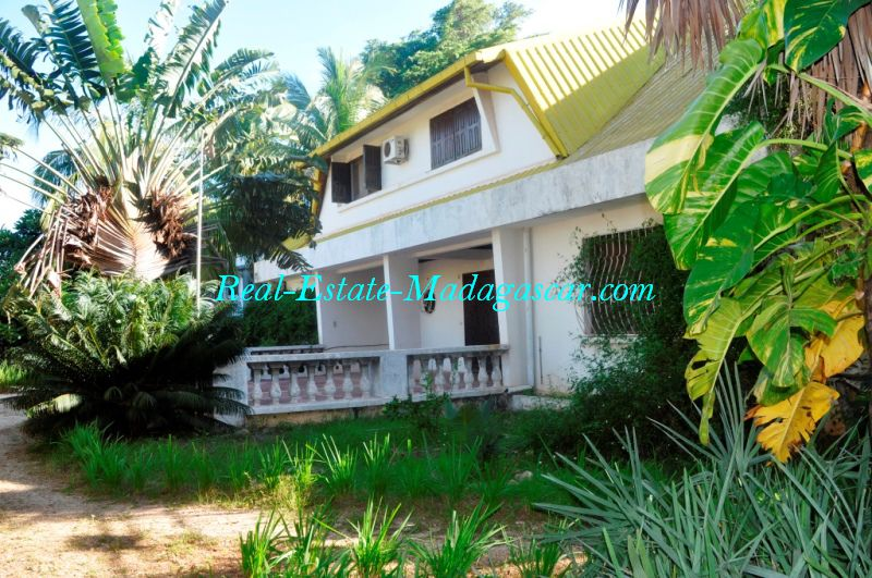 Spacious apartment rental Soma beach Mahajanga