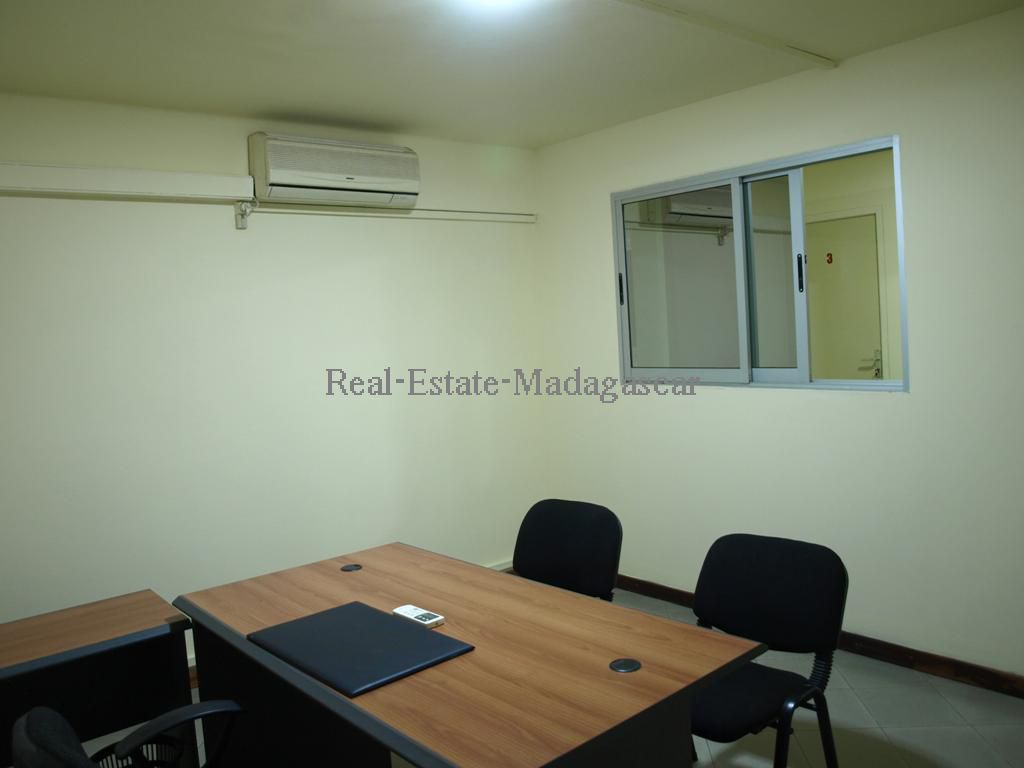 Rental office space/conference rooms