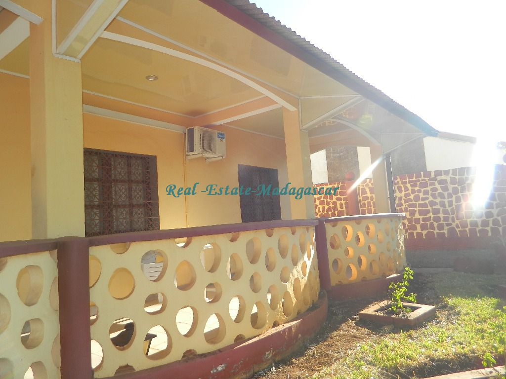 Rental furnished villa Scama Diego Suarez