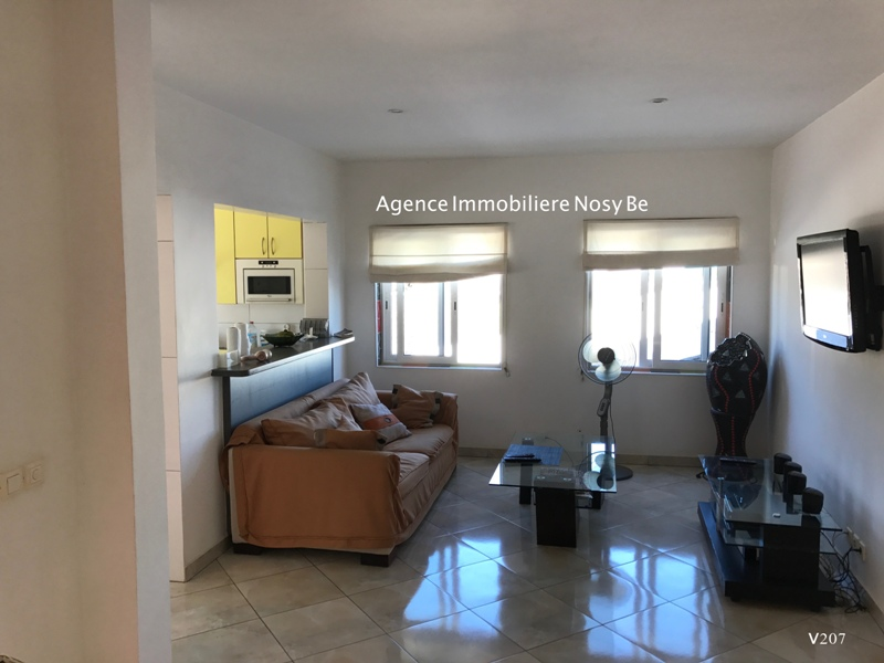 Sale Hotel / Apartment Shop village center Ambatoloka Nosybe