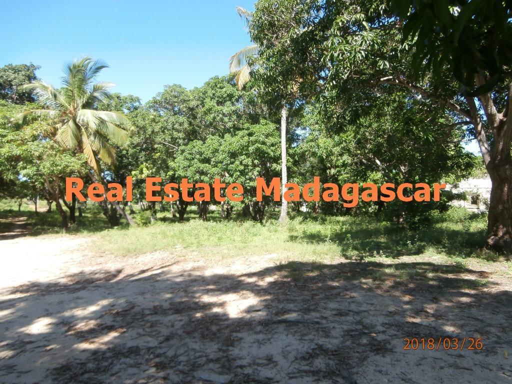mahajanga-sale-beautiful-land
