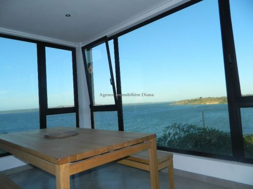 rent-furnished-apartment-two-bedroom-sea-view-city-center-diego