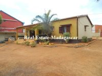 rentit-furnished-first-rate-university-road-diego