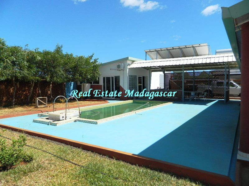sale-beautiful-villa-new-with-swimming-pool-scama-diego-suarez