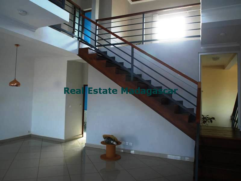 Sale Mahajanga beautiful new duplex