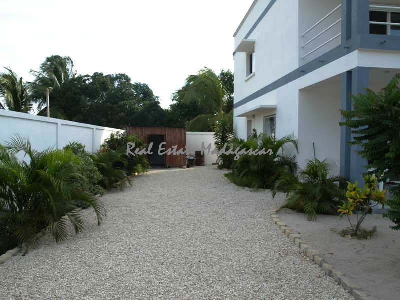 sale-beautiful-new-villa-mahajanga