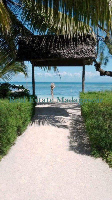 sale-beautiful-property-island-sainte-marie-madagascar