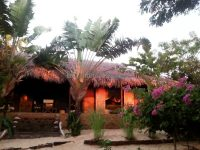 sale-small-paradise-house-beach-mahajanga