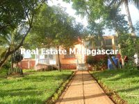 rental-villa-6-bedrooms-diego-suarez
